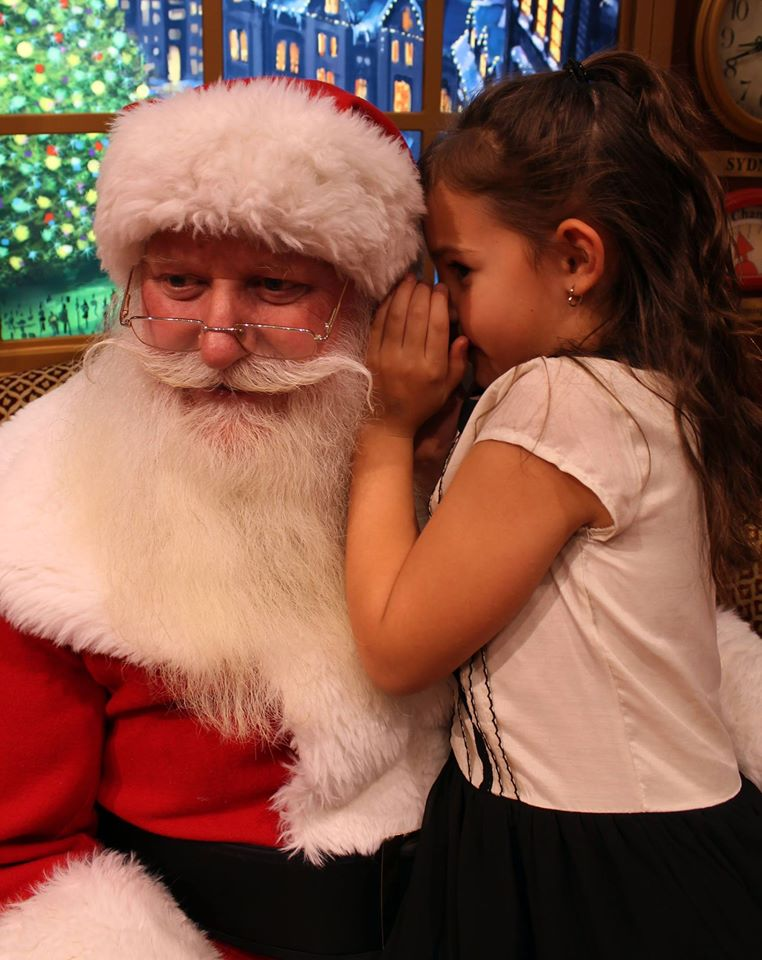 The integration of social media to engage the customers with seasonal events gives parents and their children the opportunity to partipate in free events.